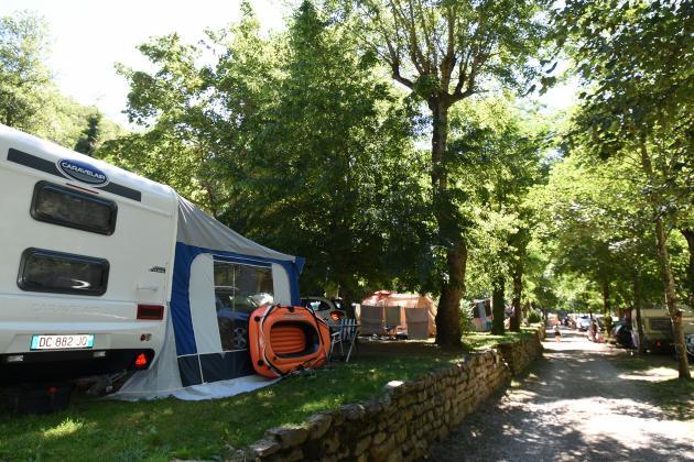 Emplacements de camping dans le Tarn