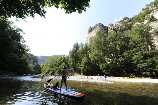 Stand up paddle gorges du tarn camping la blaquiere