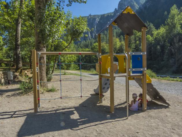 aire jeux camping la blaquiere gorges du tarn